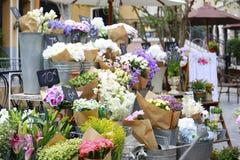 Floristas en manera lateral Fotografía de archivo