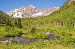 Flot de montagne du Colorado images stock