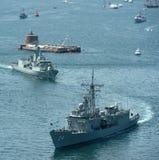 Flota de la marina de guerra en el puerto de Sydney. Fotos de archivo libres de regalías
