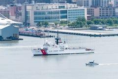 Flota tydzień NYC 2016 - USCGC Naprzód Fotografia Royalty Free