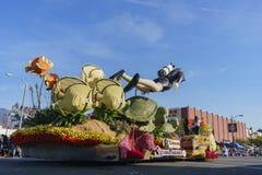 Flotador de Taiwán China Airlines en Rose Parade famosa Imagen de archivo libre de regalías