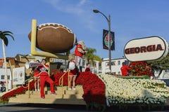 Flotador del fútbol de Georgia en Rose Parade famosa Imagenes de archivo