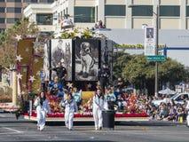 Flotador relacionado animal doméstico en Rose Parade famosa Imagenes de archivo