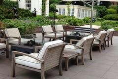 Flott elegant och modern hotellträdgårdvardagsrum på Amsterdam, Nederländerna i Europa Platser på det lyxiga högvärdiga hotellet royaltyfria foton