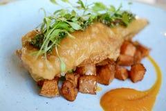 Flott fisk och chiper arkivfoto