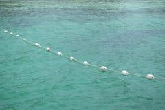 Flottabilité en mer Photographie stock