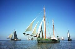 Flotte de bateaux de navigation traditionnels Photos libres de droits