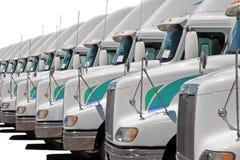 Flotte de camion de camions dans une ligne Photos stock