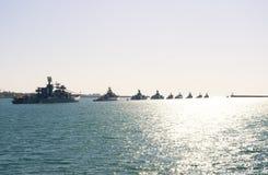 Flotte marine militaire de mer de défilé de la Russie Image libre de droits