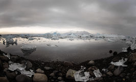 flottörhus lagun för glaciärisbergjokulsarlon Arkivfoton