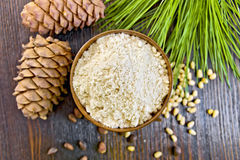 Flour Cedar In Wooden Bowl On Board Top Royalty Free Stock Images