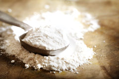 Flour in measuring spoon Stock Photography