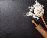 Flour and rolling pin Royalty Free Stock Photography