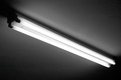 flourescent lampa arkivbild