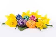 Flower arrangement with artistically painted Easter eggs Stock Photography