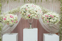 Flower arrangement. In silver bowl with pink and white roses Royalty Free Stock Photos