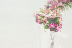Flower bouquet arrange for wedding decoration with sea background Stock Photography