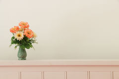 Flower bouquet on headboard Royalty Free Stock Photography