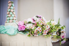 Flower and cake Stock Images