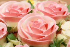 Flower cream on top of beatiful cake Stock Photography