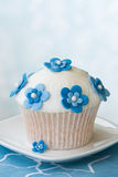 Flower cupcake royalty free stock photos