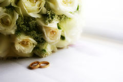 Flower and jewelry ring on wedding Stock Photography