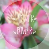 Flower power fotográfico borroso del fondo y del texto Ilustración del Vector