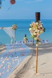 Flower setting on the beach Royalty Free Stock Photography