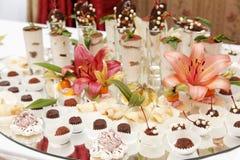 Flowered chokolate dish Royalty Free Stock Images