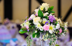 Flowers decorate table. At wedding reception Royalty Free Stock Photos