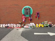 Flowers laid to commemorate. Of the hillborough disaster that killed 96 spectators Stock Photo