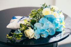 Flowers wedding decoration. Rings bride Royalty Free Stock Images