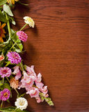 Flowers on Wood Royalty Free Stock Photos