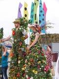 Flowery γίγαντες στον εορτασμό 200 ετών του καναλιού του Λιντς Λίβερπουλ σε Burnley Lancashire Στοκ Φωτογραφίες