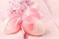 flowery ροζ αυγών Πάσχας Στοκ Εικόνες