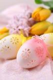 flowery ρόδινος κίτρινος αυγών Πά& Στοκ εικόνες με δικαίωμα ελεύθερης χρήσης