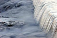 flowing water Στοκ φωτογραφία με δικαίωμα ελεύθερης χρήσης