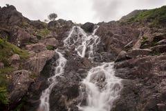 Flüssiger Wasserfall Stockbilder