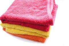 fluffiga handdukar för färg Royaltyfri Bild