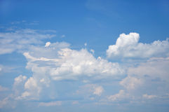 Fluffy clouds in sky Royalty Free Stock Photos