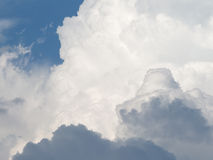 Fluffy cumulus clouds Royalty Free Stock Photos