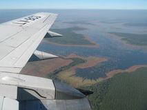 Flug über dem Dreieck Stockfotografie