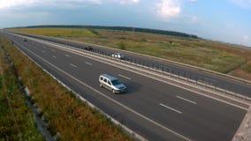 Flug über der Landstraße stock video footage