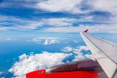 Flug mit dem Flugzeug Lizenzfreie Stockfotos