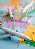 Flug um die Welt Stockfotos