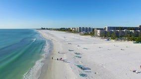 Fluga över stranden i siestatangent, Florida lager videofilmer