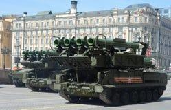 Flugabwehrrakete komplexes BUK-M2 während der Militärparade I Stockbilder