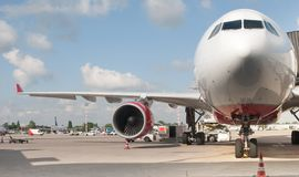 Fluggastflugzeuge Lizenzfreie Stockfotografie