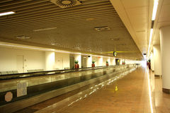 Am Flughafen Lizenzfreie Stockfotos