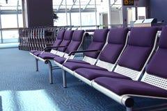 Am Flughafen Lizenzfreie Stockbilder